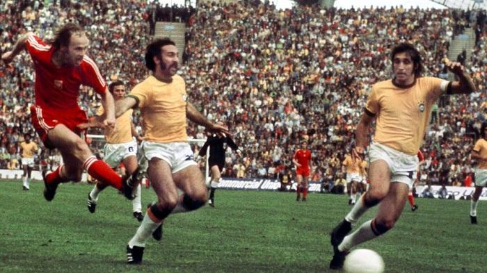 Pha-loc-Da-cam-Tay-Duc-lan-thu-hai-gianh-ngoi-vuong-World-Cup-1974-5
