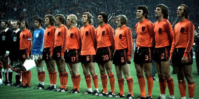 Pha-loc-Da-cam-Tay-Duc-lan-thu-hai-gianh-ngoi-vuong-World-Cup-1974-7