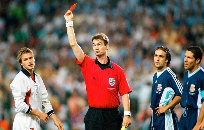 Bi-an-Ronaldo-Ga-Gaulois-gay-vang-World-Cup-1998-8