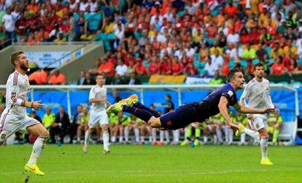 Duc-huy-diet-Brazil-Messi-tan-giac-mong-vang-World-Cup-2014-3