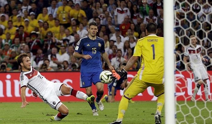 Duc-huy-diet-Brazil-Messi-tan-giac-mong-vang-World-Cup-2014-8