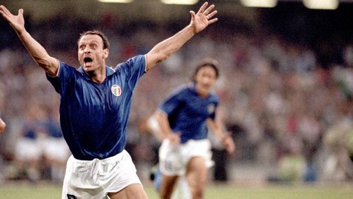Tay-Duc-bao-thu-Hoang-de-Beckenbauer-di-vao-lich-su-World-Cup-1990-8