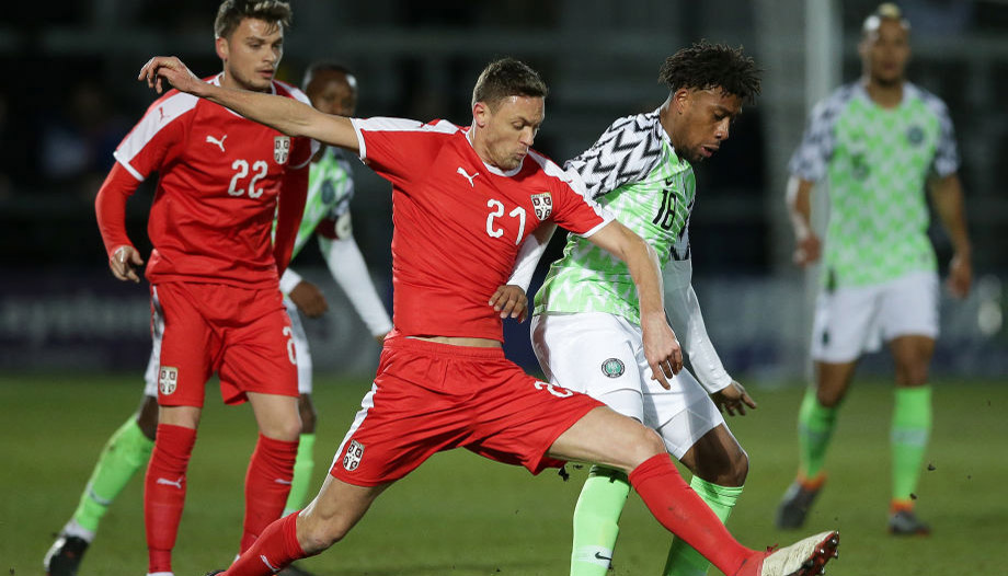 Serbia's midfielder Nemanja Matic (C) vies with Nigeria's midfielder Alex Iwobi during the International friendly football match between Nigeria and Serbia at the Hive stadium in Barnet, north London on March 27, 2018. / AFP PHOTO / Daniel LEAL-OLIVAS (Photo credit should read DANIEL LEAL-OLIVAS/AFP/Getty Images)