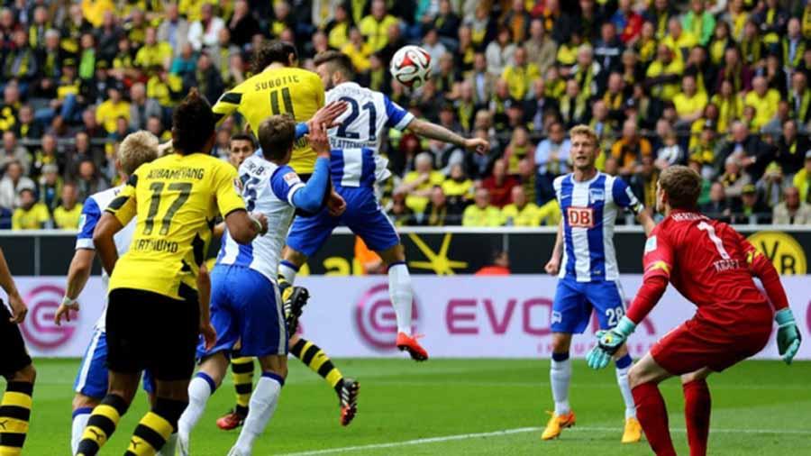 Hertha-Berlin-vs-Dortmund-Bam-sat-ngoi-dau-00h30-ngay-17-03-VDQG-Duc-Bundesliga-1