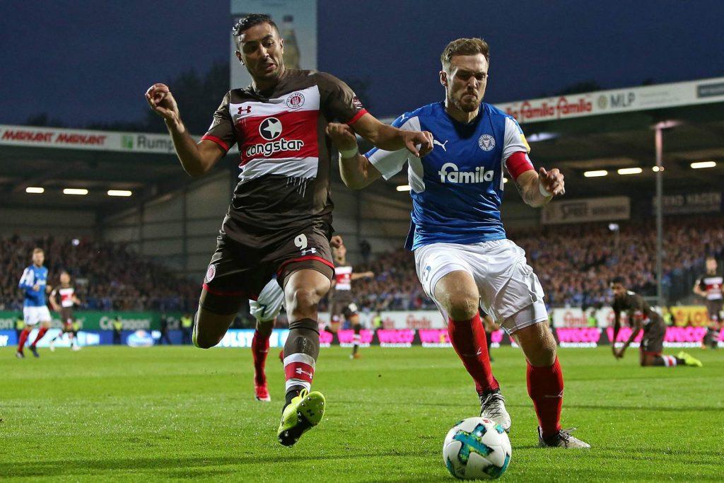 St-Pauli-vs-Holstein-Kiel-Doi-khach-noi-dai-mach-thang-01h30-ngay-27-8-Giai-hang-2-Duc-Bundesliga-II-2