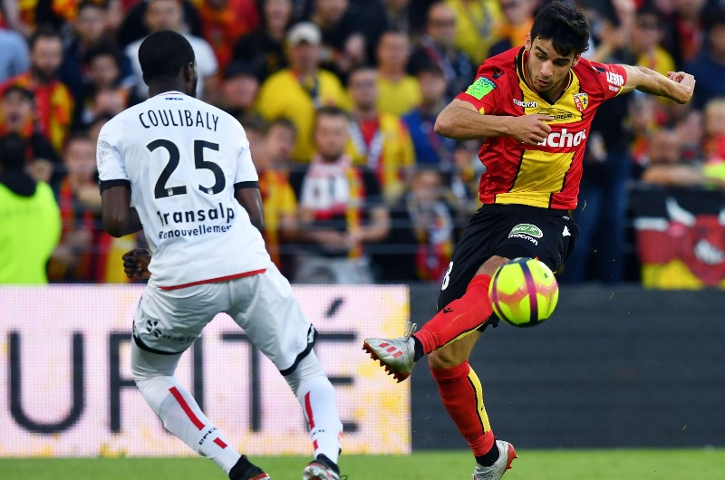 Lens-vs-Auxerre-3-diem-cho-chu-nha-01h45-ngay-22-10-Hang-2-Phap-Ligue-2-4