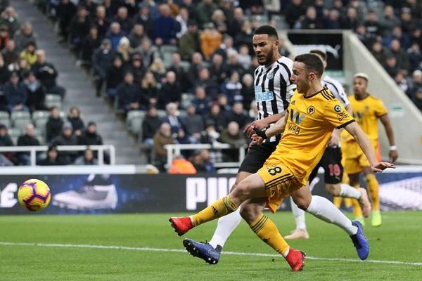 Newcastle-vs-Wolves-Ban-ha-Chich-choe-21h00-ngay-27-10-Ngoai-hang-Anh-Premier-League-5