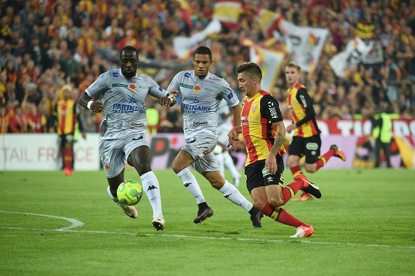 Orleans-vs-Lens-ap-sat-ngoi-dau-01h45-ngay-08-10-giai-hang-2-phap-france-ligue-2-6