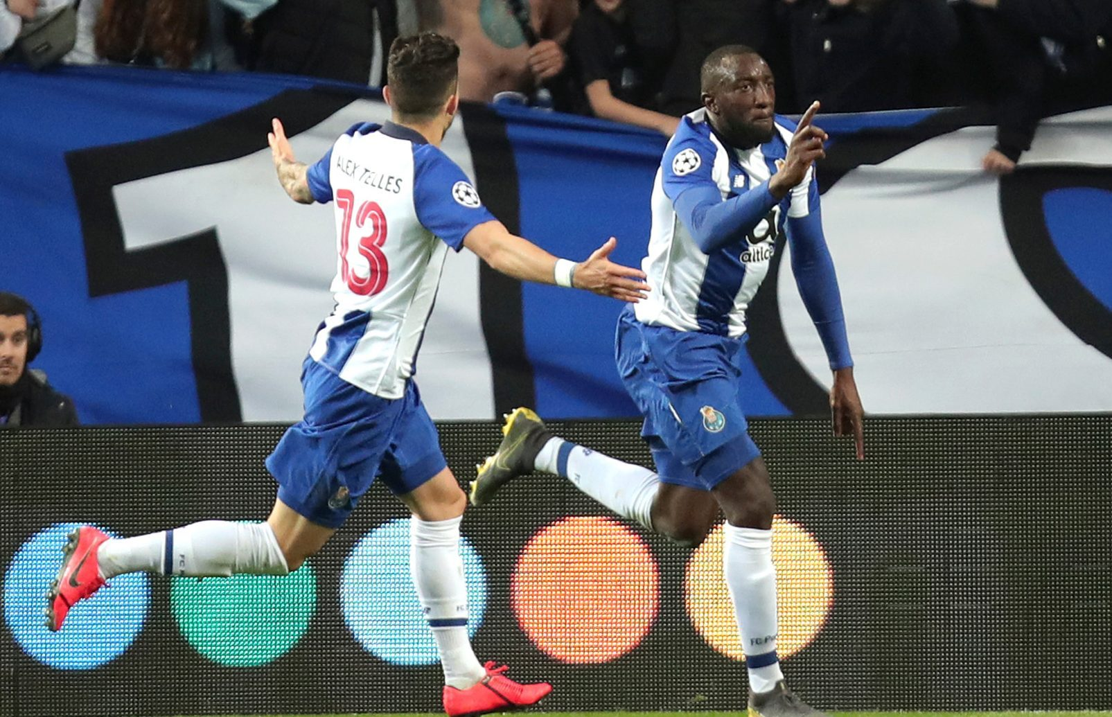 Porto-vs-Rangers-Suc-manh-Hang-rong-23h55-ngay-24-10-Cup-C2-chau-Au-Europa-League-3